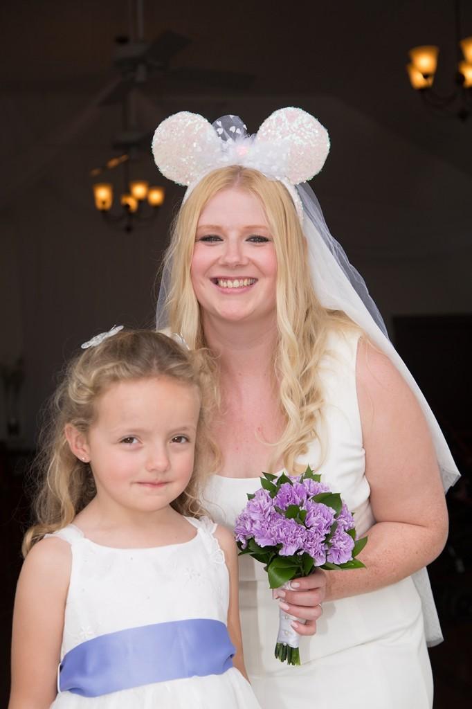 Disney Minnie ears, UK bride, international wedding, Orlando weddings