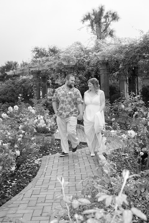 rose garden, romantic couple photos, winter park florida,