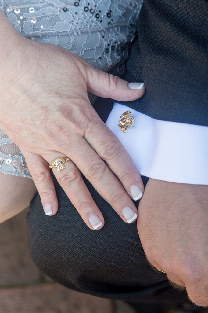 A detail shot of the wedding rings!