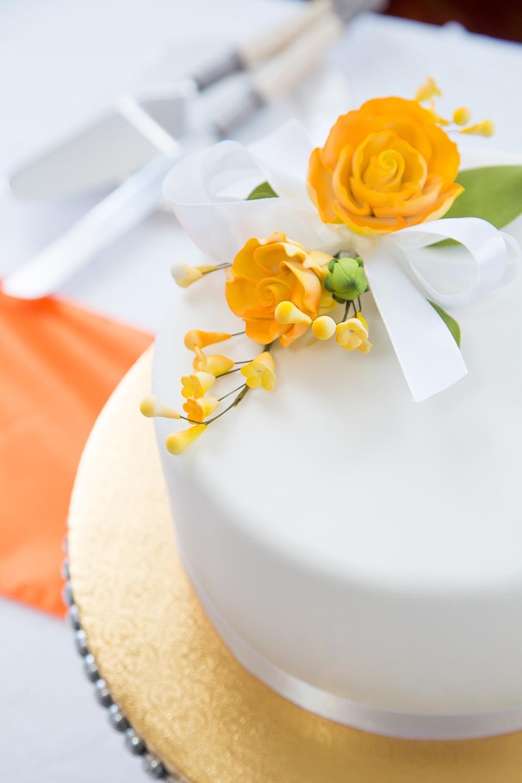 Custom wedding cake at an Orlando wedding