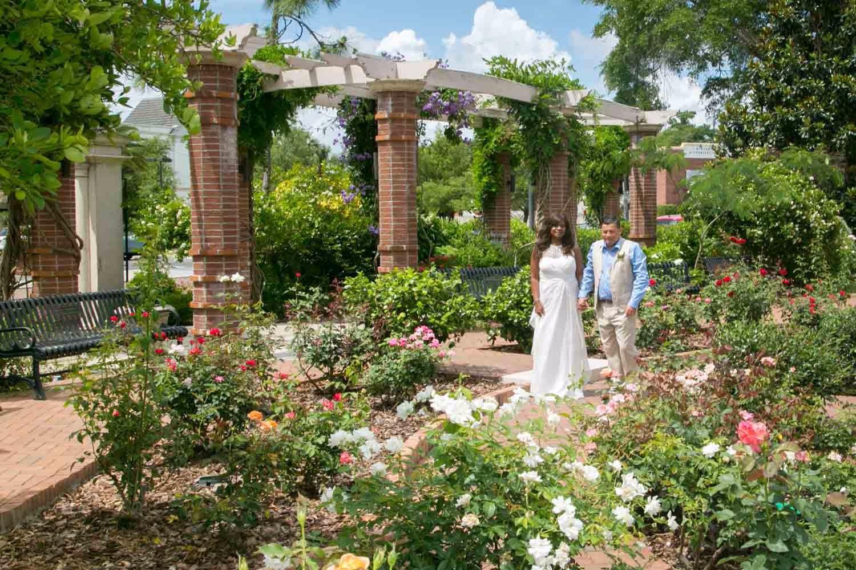 The rose garden makes for a very romantic photo shoot