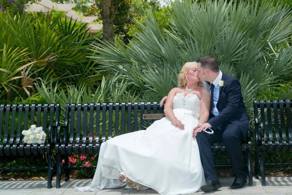 A very Florida backdrop for this wedding photo