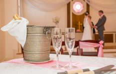 There is still time!  Some helpful tips on last minute weddings